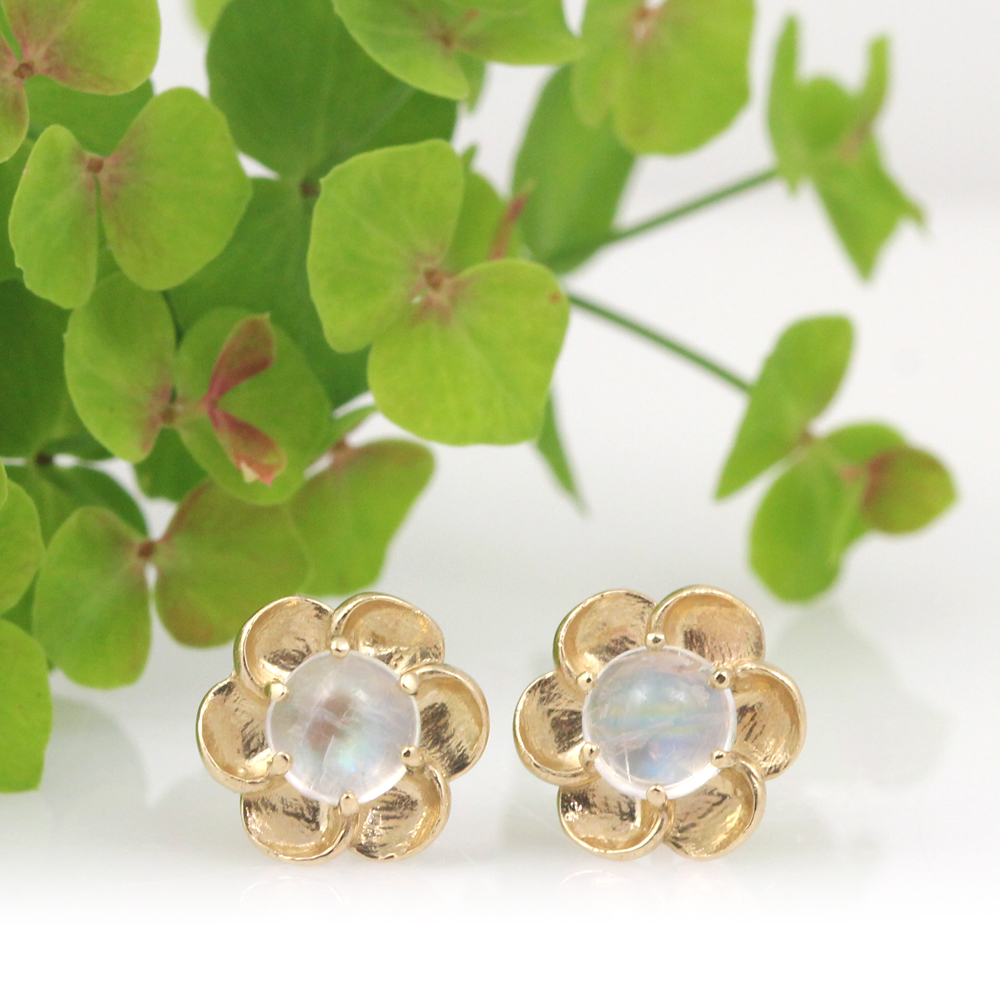 Moonstone cabochon blossoms in brushed gold by designer Arte*Vitta.