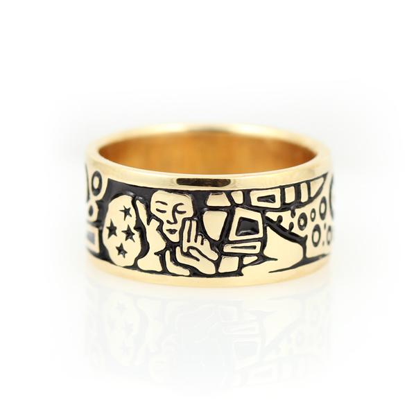 "14K Yellow Gold ""Kiss"" Ring"