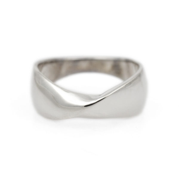Sterling Silver Mobius Ring