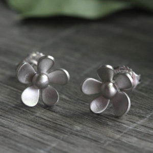 "Kelim Sterling Silver Medium ""Forget Me Not"" Floral Studs"
