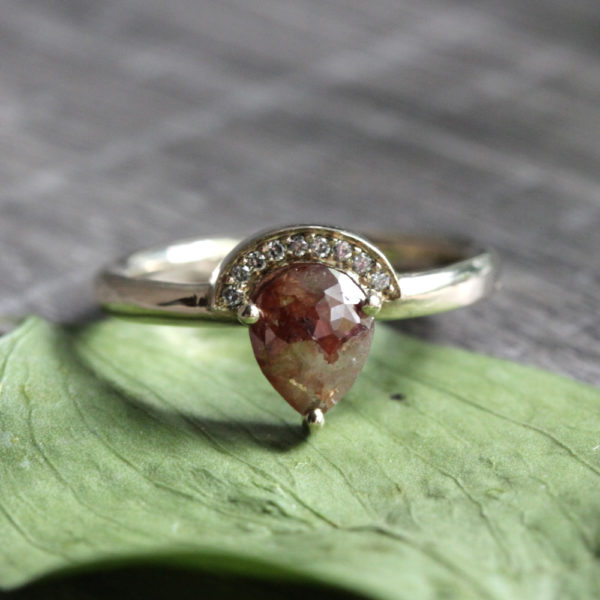 Arte*Vitta natural diamond engagement ring
