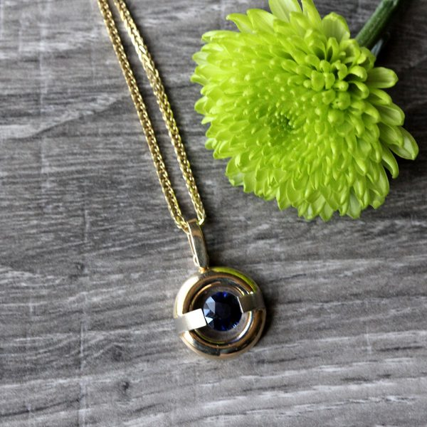 Gelin Abaci Two Tone Tension Set Sapphire Pendant