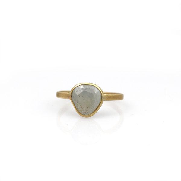 Rebecka Fröberg 18K & Grey Sapphire Ring